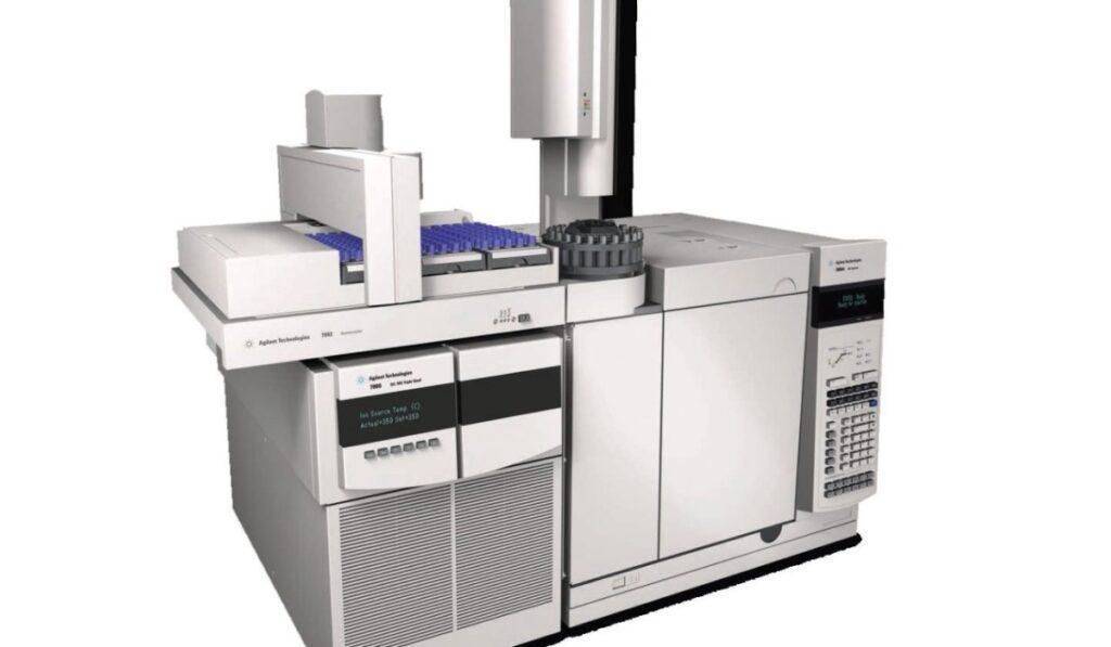 کروماتوگرافی مایع - کروماتوگرافی گاز - GC - LC - HPLC